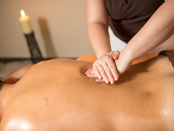 massaggio riequilibrante per lerezione maschile)